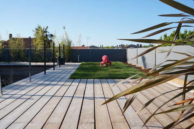 Maison bbc bordeaux bastide contemporary deck for Achat maison bordeaux bastide