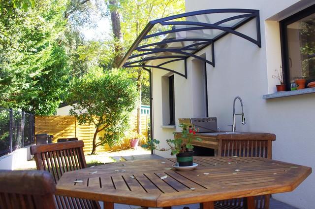 marquise de 300 cm sur une avanc e de 150 cm contemporain terrasse et patio autres. Black Bedroom Furniture Sets. Home Design Ideas