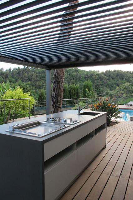 Pergolas bioclimatique cuisine d 39 t m diterran en - Cuisine d ete en pierre reconstituee ...