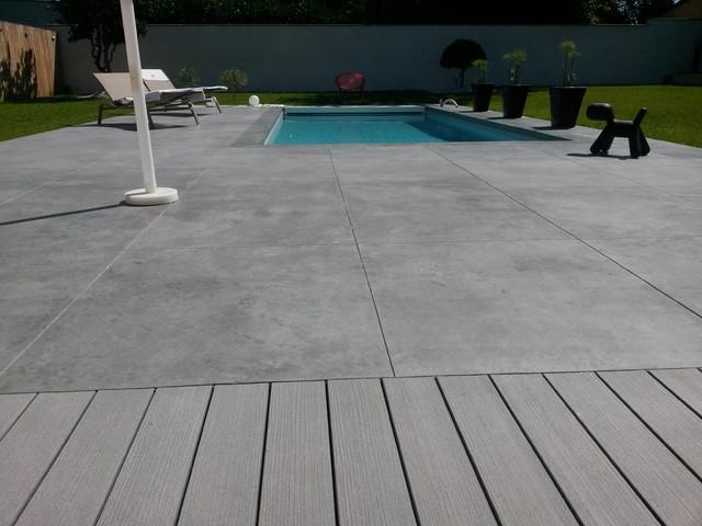 Piscine et am nagement carquefou contemporain terrasse for Paysagiste carquefou