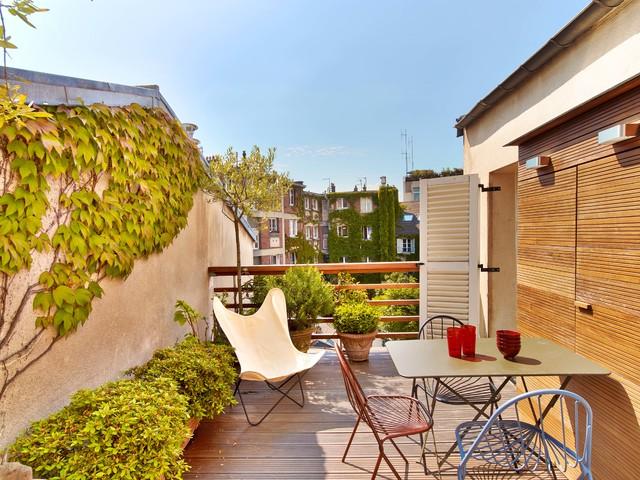 Place du tertre montmartre paris 18eme contemporain for Terrasse et cie paris 18