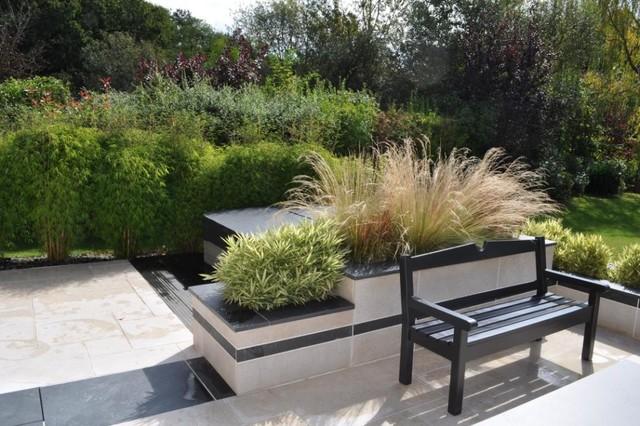spa sur terrasse intimit contemporain terrasse et patio paris par ville au vert. Black Bedroom Furniture Sets. Home Design Ideas