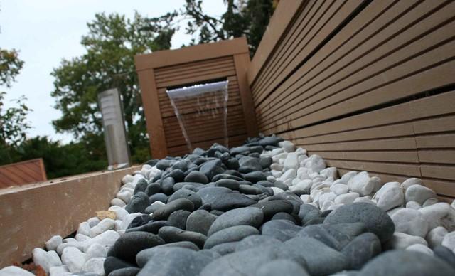 terrasse bois composite et fontaine contemporain terrasse en bois rennes par eurl. Black Bedroom Furniture Sets. Home Design Ideas