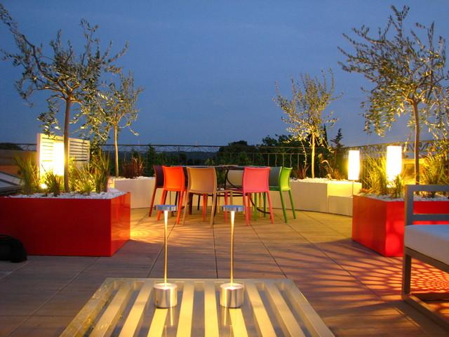 Toit terrasse sur les hauteurs d 39 aix en provence for Appartement toit terrasse marseille