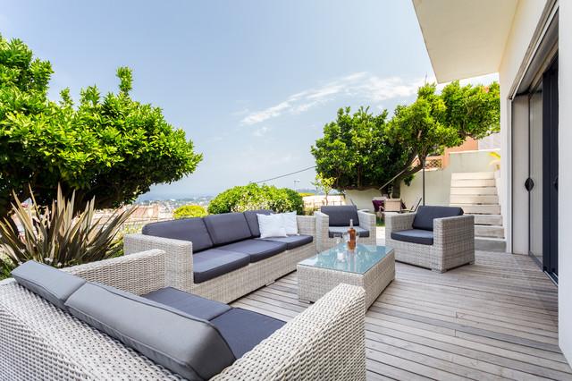 Un petit coin de tranquillit contemporain terrasse et patio nice par franck minieri for Idee terrasse contemporaine