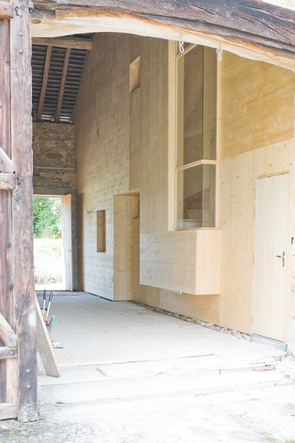 une bo te dans la grange contemporain terrasse et patio dijon par atelier correia. Black Bedroom Furniture Sets. Home Design Ideas