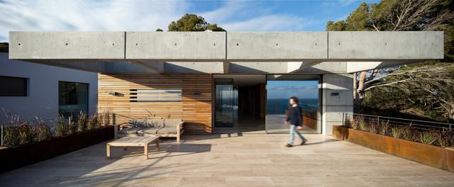 Casa Minimalista Moderno Terraza Y Balcón Otras Zonas