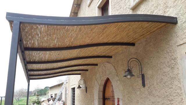 detalle techo de ca izo de bambu