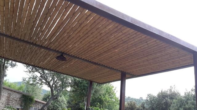 P rgola de hierro corten con bamb guadua - Pergolas de bambu ...
