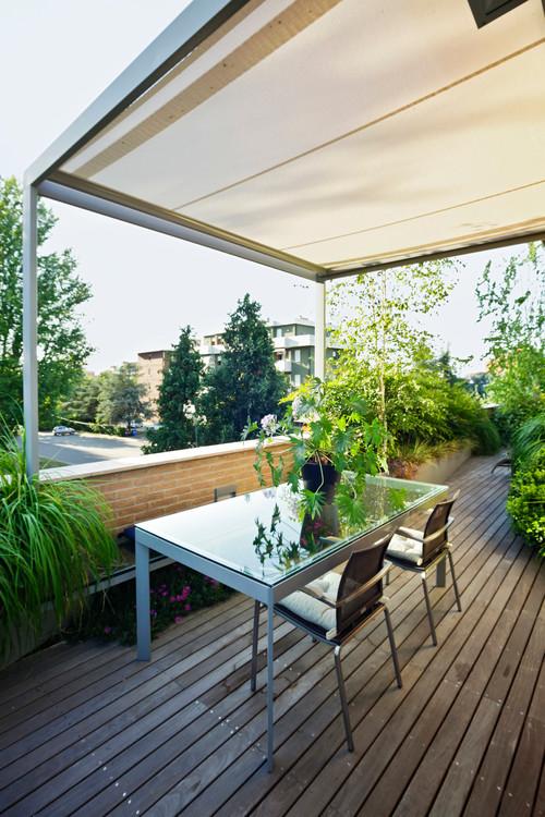 Balconi e terrazzi: dove mettere al riparo le piante?