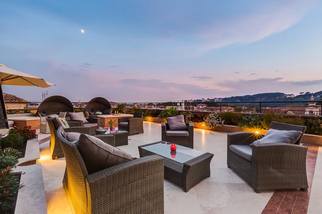 Mobili Per Terrazzo Roma : Terrazza roof graden nel centro di roma contemporaneo terrazza
