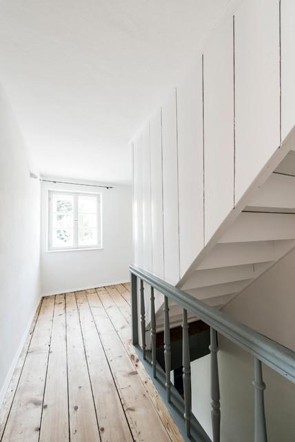 bauernhaus modernisierung bayern skandinavisch treppen m nchen von buero philipp moeller. Black Bedroom Furniture Sets. Home Design Ideas