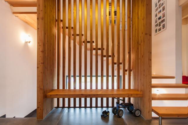 Einfamilienhaus neuwied b contemporary staircase - Wandgestaltung treppenhaus einfamilienhaus ...