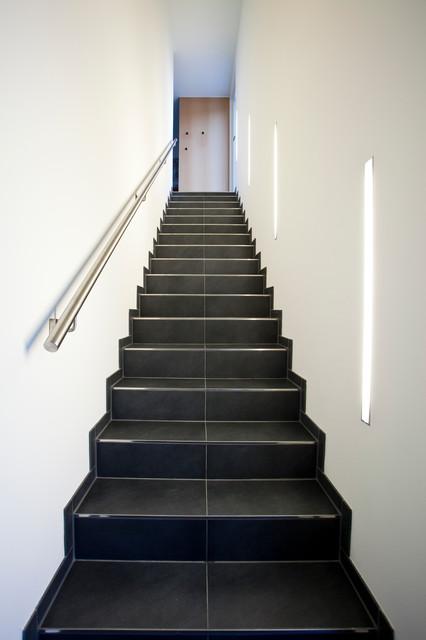 einfamilienhaus modern treppen m nchen von xs architekten. Black Bedroom Furniture Sets. Home Design Ideas