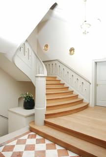 halbgewendelte schloss treppenanlage ber mehrere etagen klassisch treppen bremen von. Black Bedroom Furniture Sets. Home Design Ideas