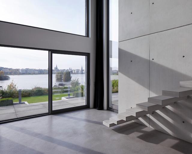 Haus P Moderne Escalier