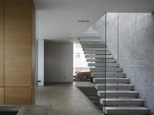 haus t treppe modern treppenhaus sonstige von. Black Bedroom Furniture Sets. Home Design Ideas
