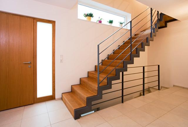 Sehr Holz-Stahl-Treppe vom Schreiner - Minimalistisch - Treppen IS12