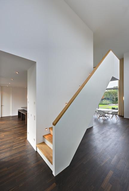 moderne villa im denkmal ensemble in berlin modern treppen berlin von m hring architekten. Black Bedroom Furniture Sets. Home Design Ideas