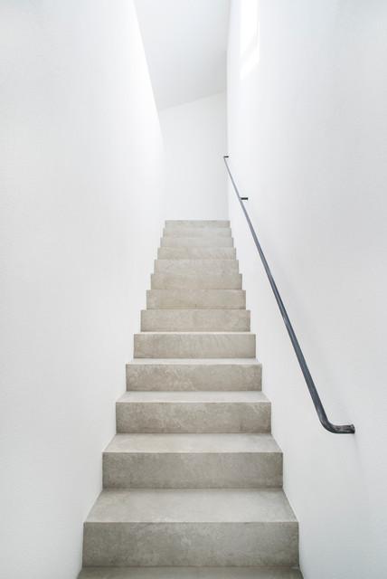 neubau einfamilienhaus modern treppen berlin von. Black Bedroom Furniture Sets. Home Design Ideas