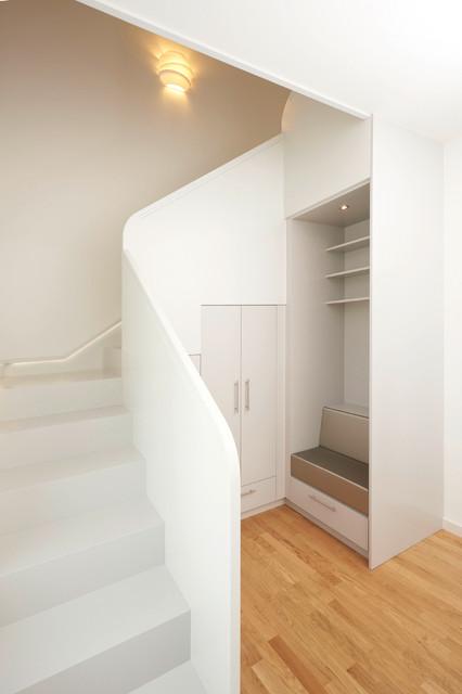 doppelt praktisch eine neue treppe mit stauraum. Black Bedroom Furniture Sets. Home Design Ideas