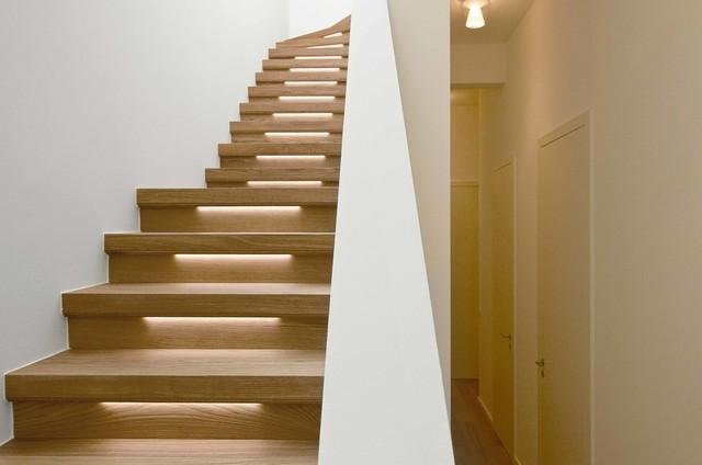 penthouse maisonette wohnung minimalistisch treppen frankfurt am main von herbert o. Black Bedroom Furniture Sets. Home Design Ideas