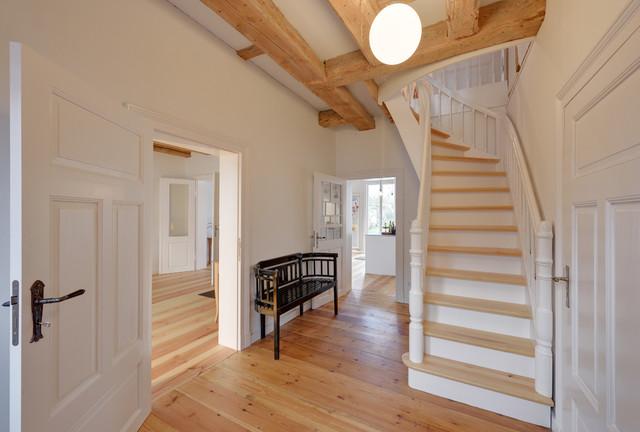 sanierung eines alten fachwerk katen an der ostee mit anbau klassisch treppen berlin von. Black Bedroom Furniture Sets. Home Design Ideas