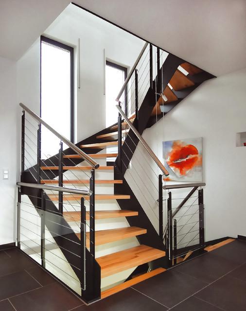 schmalwangentreppe loft industrial treppen stuttgart. Black Bedroom Furniture Sets. Home Design Ideas