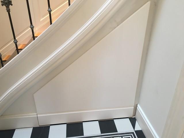 Bekannt Treppen Schrank / Stauraum unter Treppe - Klassisch - Treppen SE49