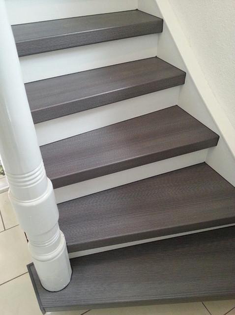 Treppenrenovierungen - weiß / grau