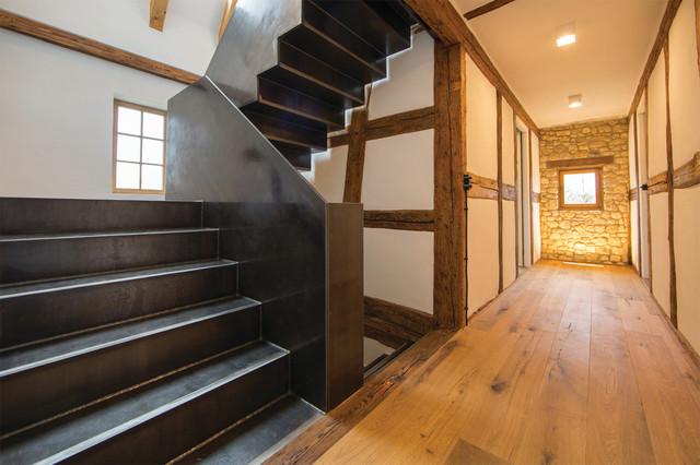 umbau und sanierung rheinhessische hofreite rustikal treppen frankfurt am main von. Black Bedroom Furniture Sets. Home Design Ideas