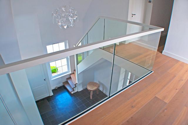 gel nde f r treppe bz03 hitoiro. Black Bedroom Furniture Sets. Home Design Ideas