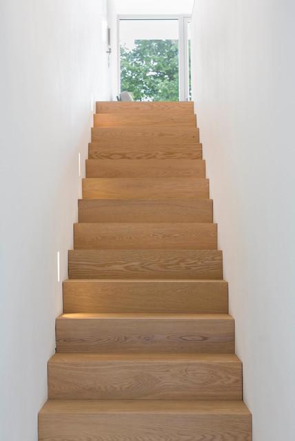 Zweifamilienhaus in m nchen solln modern staircase for Zweifamilienhaus modern