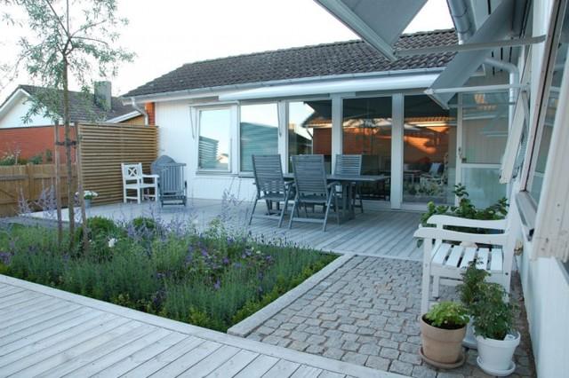 Radhus med liten trädgÃ¥rd. : radhus trädgård : Trädgård