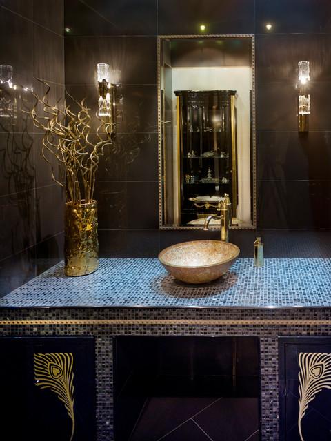 The mansion is 600m2 contemporain salle de bain for Amenagement jardin 600m2