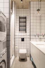 Проект недели: Графичная ванная комната для семьи с ребенком