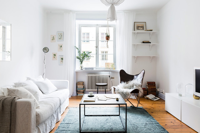 10 Lightweight Versatile Furniture Pieces For Frequent Movers