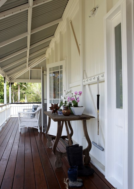 Samford - Country House traditional-porch