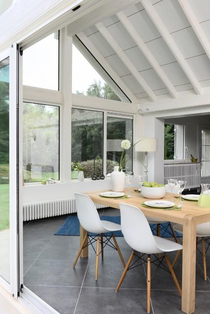 contemporain v randa et verri re. Black Bedroom Furniture Sets. Home Design Ideas