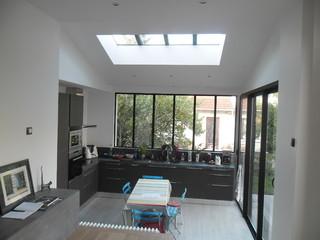 extension maison antony contemporain v randa et verri re paris par archi kub. Black Bedroom Furniture Sets. Home Design Ideas