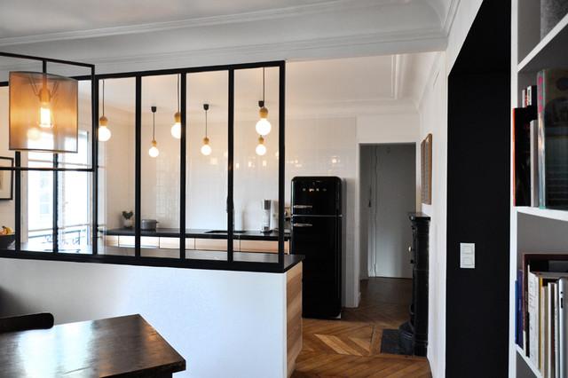 R union de 2 appartements contemporain v randa et for Agencement cuisine etroite