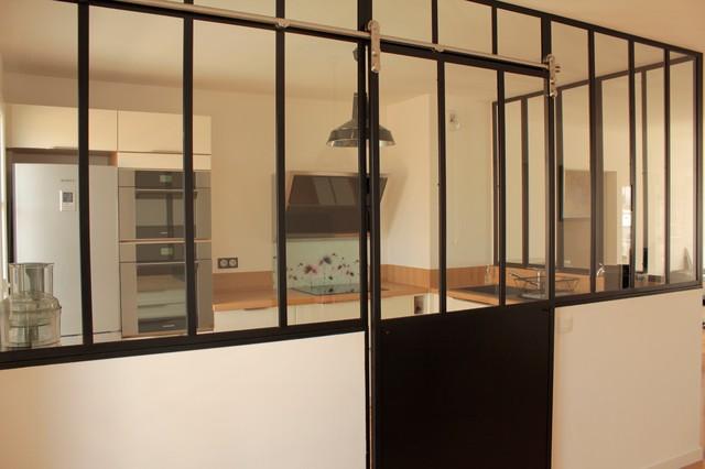 Verri re de cuisine avec porte coulissante for Porte coulissante pour cuisine