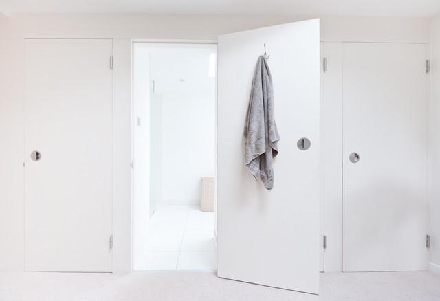 3SG contemporary-closet