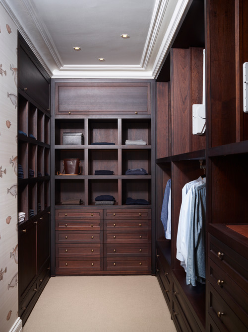 Rose Hill, Walk in Wardrobe
