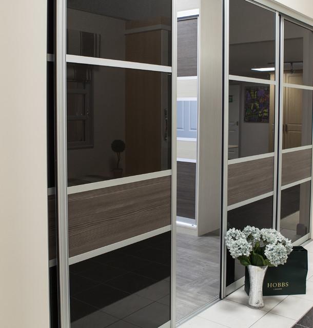 Cavendish Showroom contemporary-closet