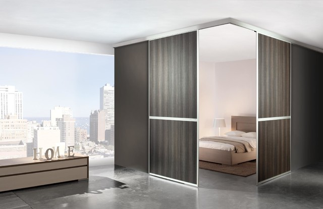 Komandor Sliding Wardrobes Contemporary Wardrobe