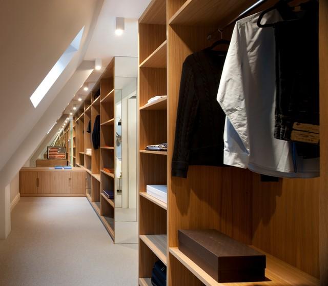 Mews house refurbishment in london fitzrovia for Studio closet design