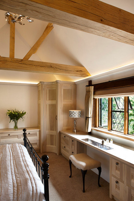 Vaulted Ceiling Bedroom And Dressing Area Modern