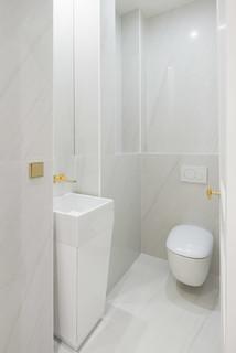 Photos et idées déco de WC et toilettes avec un carrelage blanc