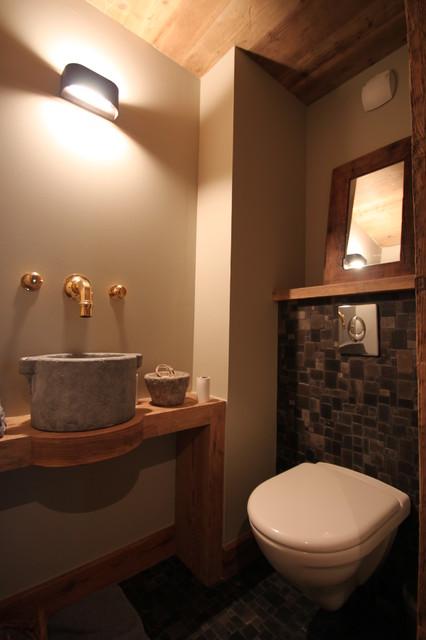 R novation d 39 un chalet m ribel - Idee renovation toilettes ...